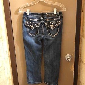 L.A idol rhinestone Capri Jeans